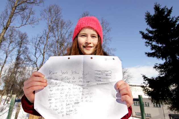 SENDTE BREV: Hedda Ballovara Olufsen (10) mener Borgtun skole trenger hjelp.