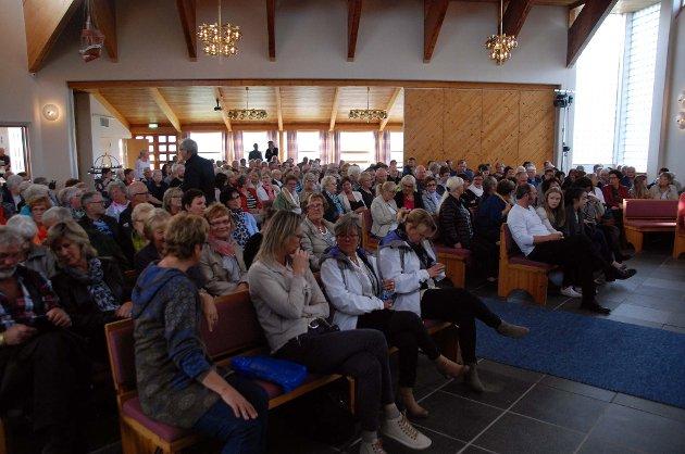 Folksomt i Borge kirke