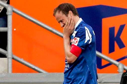 Sigurd Rushfeldt måtte ut allerede etter en halvtimes tid med en smell i hodet da TIL tapte 2-1 for Fredrikstad.