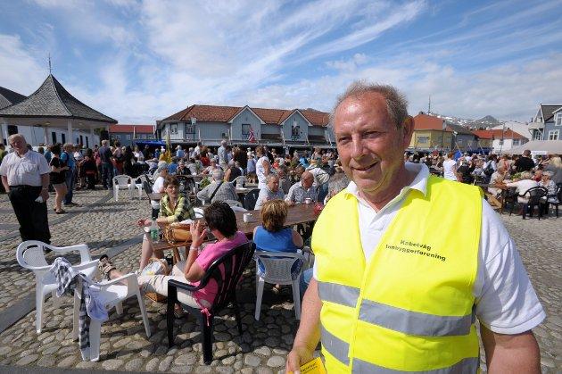 Innbyggerforeningens Otto Benjaminsen gliste fra øre til øre over nok et velykket marked i Kabelvåg.