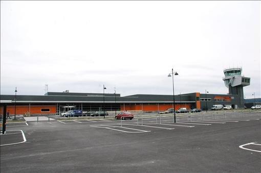 Nye Alta lufthavn tas i bruk søndag 23. august. Offisiell åpning er 25. september. Prislapp for terminalen: 300 millioner kroner. Foto: Robin Mortensen