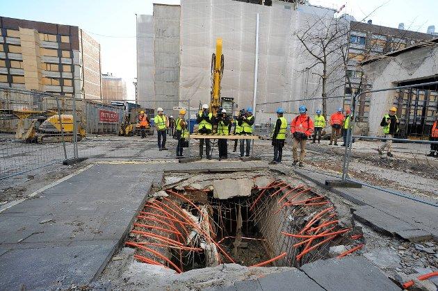 Statsbygg viste fram krateret etter etter bomben i regjeringskvartalet 22.7.
