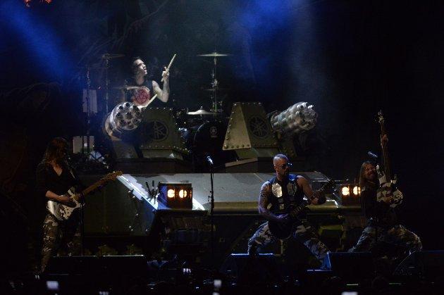 Sabaton under Tons of Rock på Fredriksten festning.