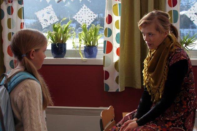 Skuespiller Ane Dahl Torp er lærer i filmen.