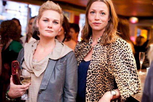 Første gang på damemiddag: Anita Ness og Ane Blich.