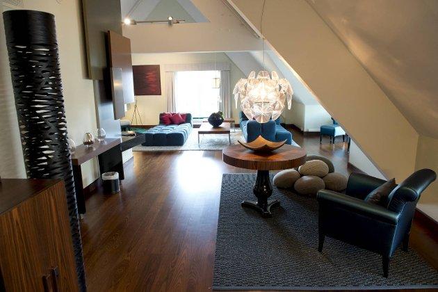 Radisson Blu på Bryggen gjenåpner etter 300 millioners opppussing. Presidentsuiten - hotellets flotteste og dyreste suite, er også pusset opp. Den koster i utgangspunktet 18 000 kroner natten.
