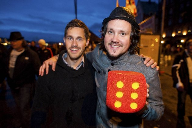 Stian Kooyman og kompisen Espen Hammersvik mener publikum var dårlig, men ellers bra stemning.