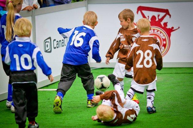 Sarpsborg 08-fest på torget. FOTO: Thomas Andersen