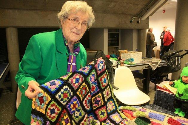 Edith Bergli (94), solgte slumretepper på Tromsdalendagen.