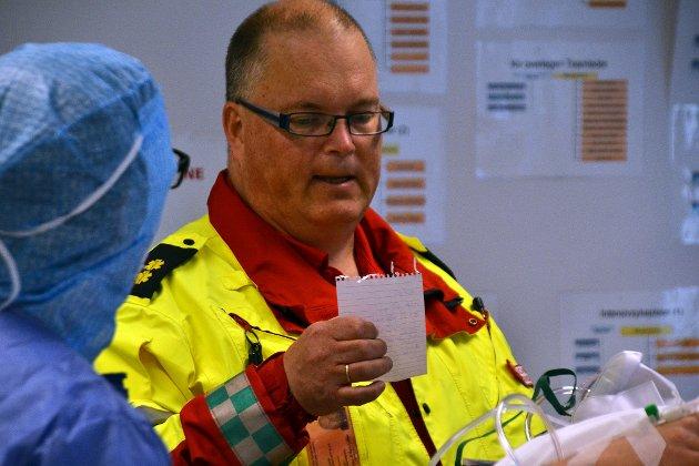 Ambulansefagarbeider Tor Einar Mitterschiffthaler.