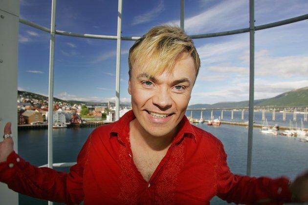 Artisten Haldor Lægreid kommer opprinnelig fra Tromsø. Dette bildet er tatt i 2003 da han var hjemme i Tromsø for å opptre.