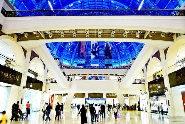 Dubai: Kjøpesenteret Mall of the Emirates i De Forente Arabiske Emirater har stein fra Larvik.