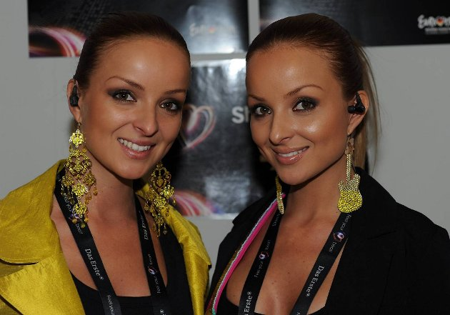 Tvillingene som kaller seg The Twiins skal representere Slovakia. Like?