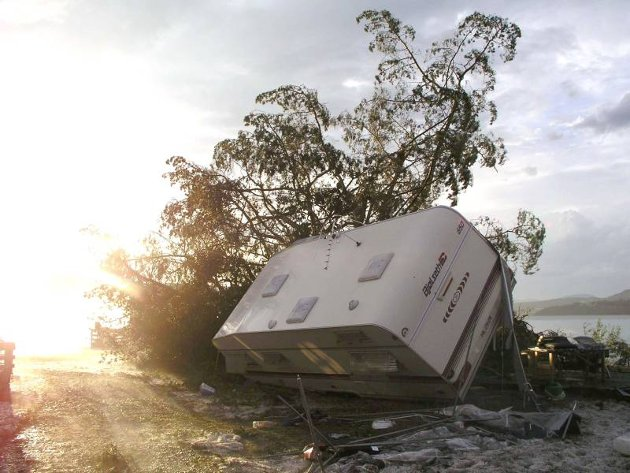 Uværet på Biristrand 26. juli skapte store materielle skader. Tre personer ble sendt til sykehus.