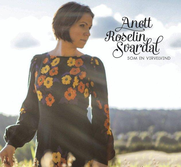 CD-COVER: Anett Svardals nye plate. Bildet er tatt avStudio CB i Askim. Faksimile