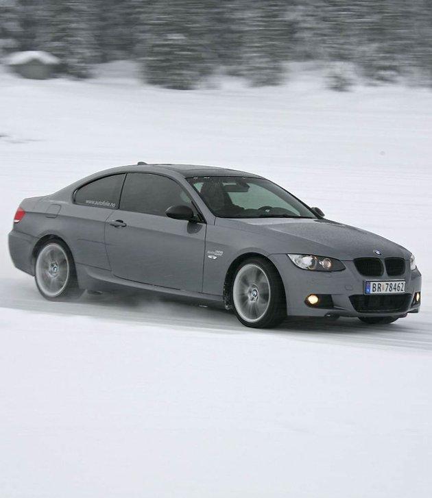 2008 BMW M3 V8 på vinterføre på Golsfjellet.