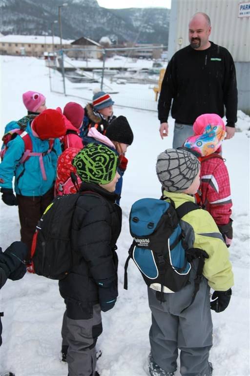 Bjørgulf Myklebust møter førsteklassingene, og ønsker dem velkommen til SerFix