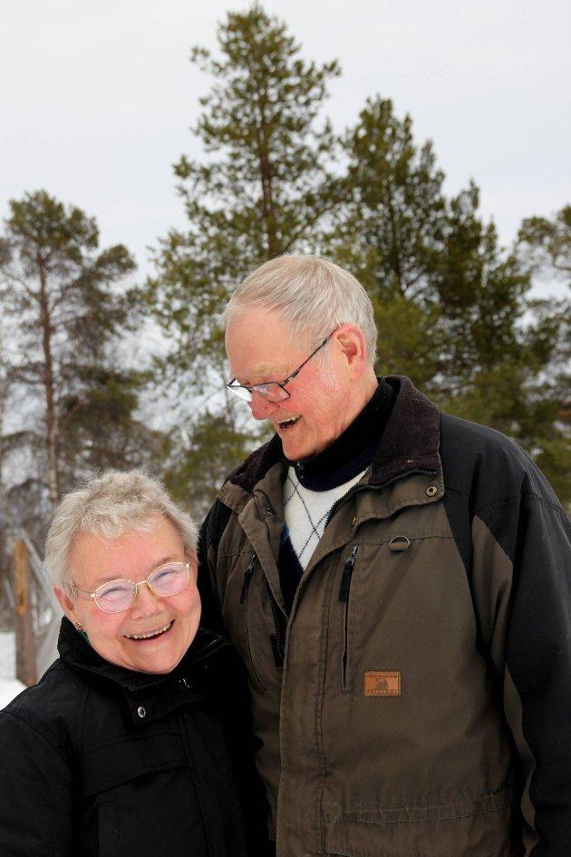 LYKKELIG: Øverst i Pasvikdalen har Svenn og Edith funnet sitt sted, verdens vakreste.