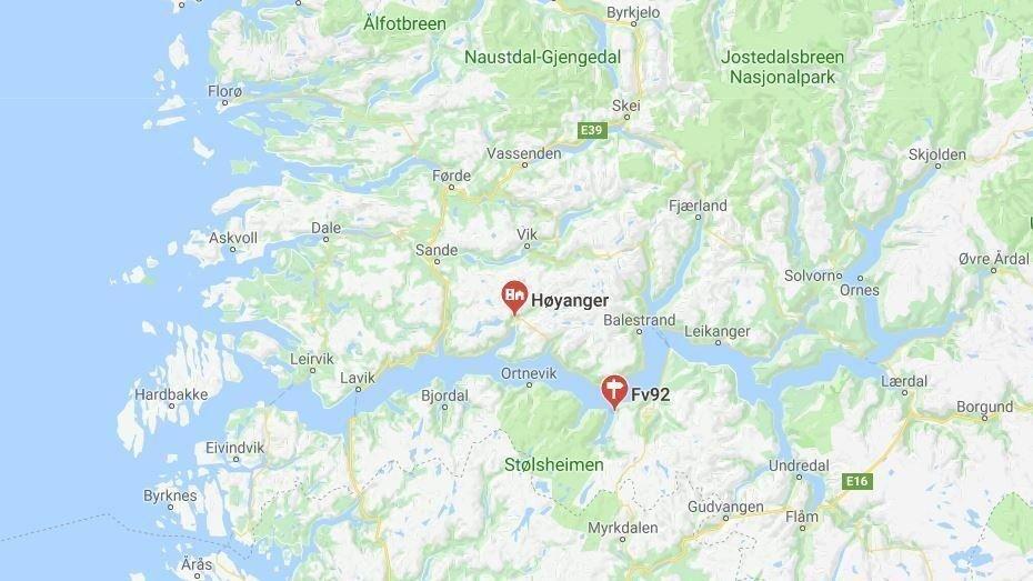 Steinras Over Fylkesvei I Sogn Og Fjordane