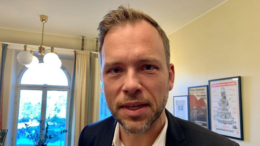 Klikk på bildet for å forstørre. REAGERER: Audun Lysbakken kaller NAV-skandalen en katastrofe.