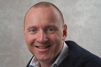 Klikk på bildet for å forstørre. LYKKELIG: Toppsjef i Ving Norge, Christian Grønli, er fra seg av glede over effekten den nye eieren har tilført selskapet.