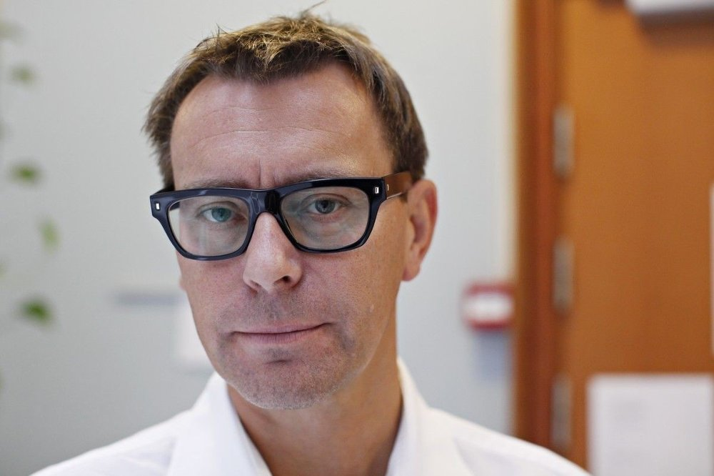 Klikk på bildet for å forstørre. Rettspsykiater Pål Grøndahl i gymsalen i Skien fengsel ved en tidligere anledning.