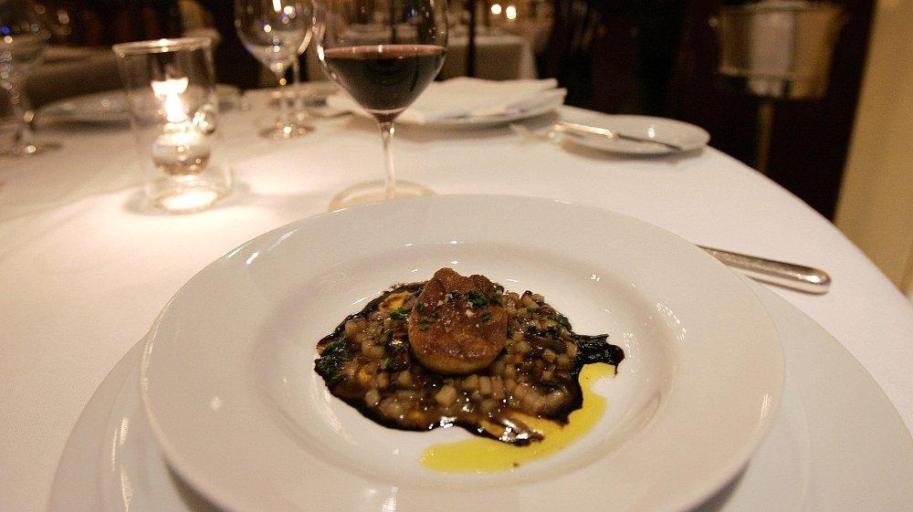 Klikk på bildet for å forstørre. - Hva er det neste? Ikke mer kalv, spør en forbannet kokk New York Times, som melder at Foie Gras, som serveres i over 1000 restauranter i New York vil bli forbudt.