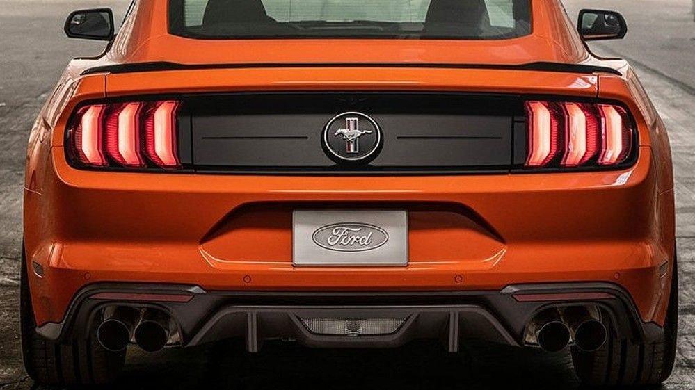 Klikk på bildet for å forstørre. Fords nye elbil skal være sterkt inspirert av sportsbil-ikonet Mustang. Så gjenstår det å se hvor mye av designet fra denne som blir med over til elbilen.
