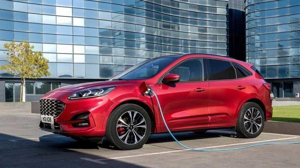Klikk på bildet for å forstørre. Neste år kommer denne til Norge: Nye Ford Kuga som ladbar hybrid.