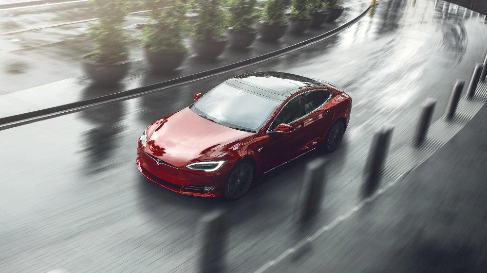 Klikk på bildet for å forstørre. Porsche Taycan har kjørt inn til tiden 7:42 på Nürburgring. Nå vil Tesla knuse tyskerne.