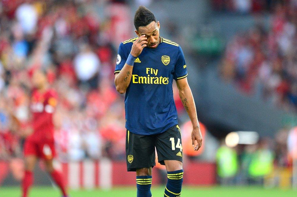 Klikk på bildet for å forstørre. Arsenal's Pierre-Emerick Aubameyang after the final whistle during the Premier League match at Anfield, Liverpool.