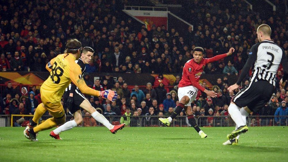 Klikk på bildet for å forstørre. STORTALENT: Mason Greenwood satte inn Manchester Uniteds første mål mot Partizan.
