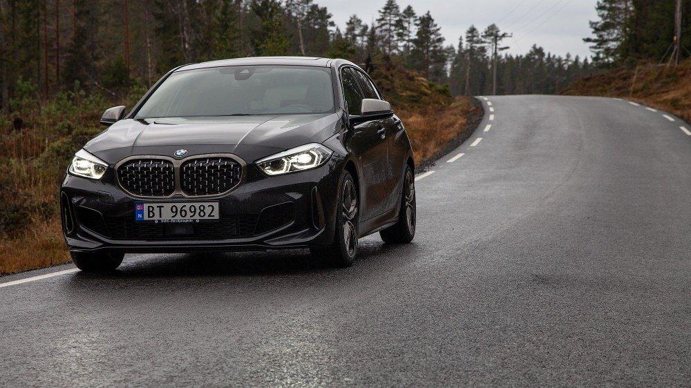 Klikk på bildet for å forstørre. BMW 1-serie M135i xDrive