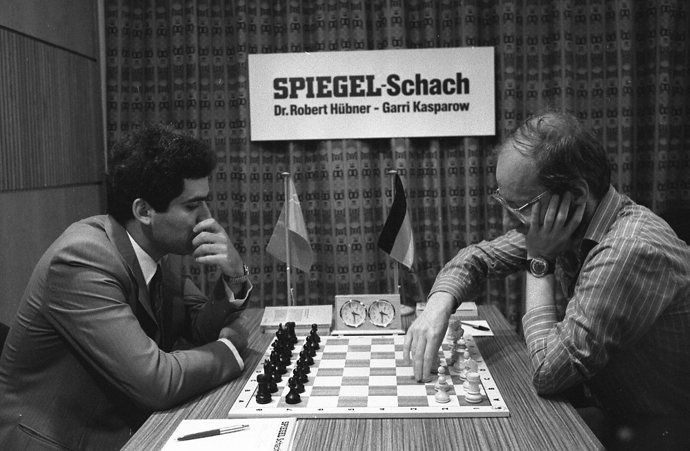 Klikk på bildet for å forstørre. UBESTIRD ENER: Garri Kasparov var verdensmester i sjakk i hele 15 år.