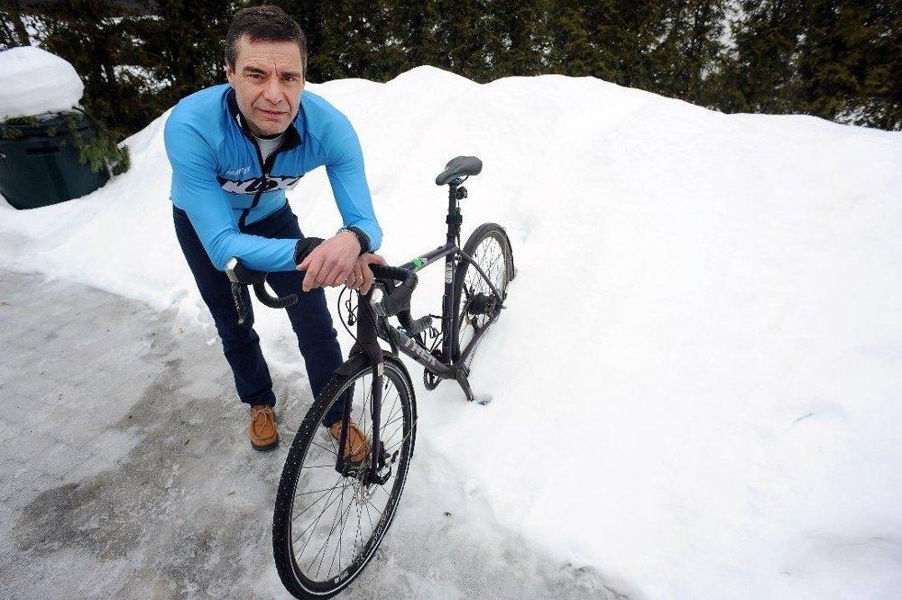 Klikk på bildet for å forstørre. SYKLIST: I ti år har Ivar Grøneng fra Kolbotn syklet til og fra jobben i Oslo, men det var først i september 2018 han ble stoppet av politiet - og endte i retten.