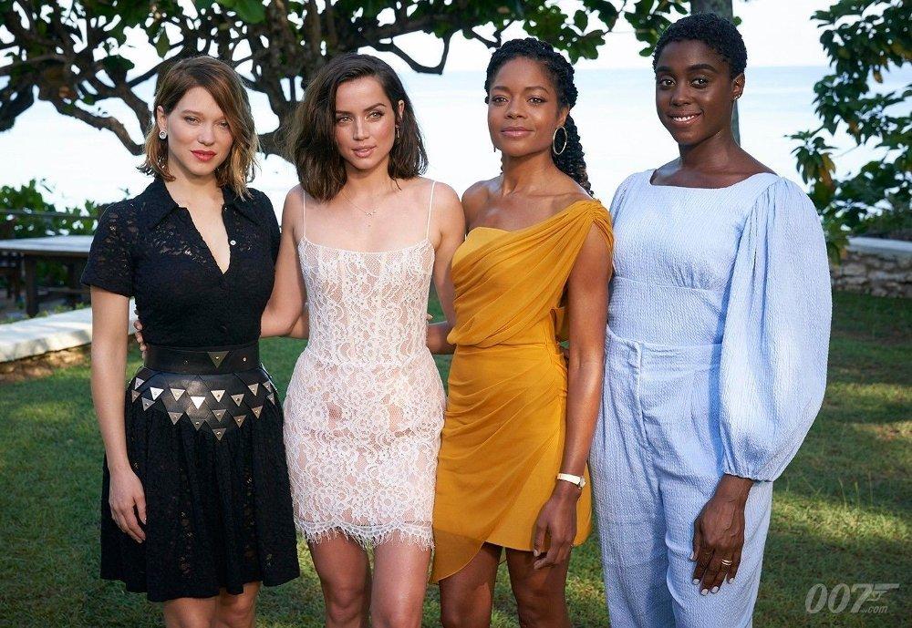 Klikk på bildet for å forstørre. Lea Seydoux, Ana de Armas, Naomie Harris og Lashana Lynch