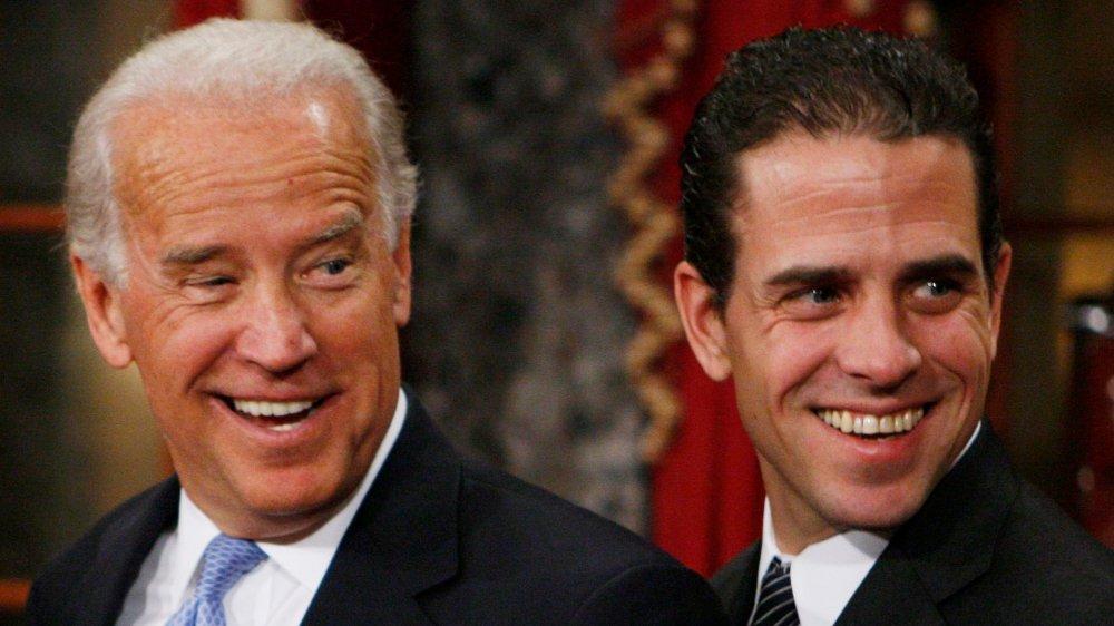 Klikk på bildet for å forstørre. Her er Joe Biden og Hunter Biden sammen på et bilde fra 2009.