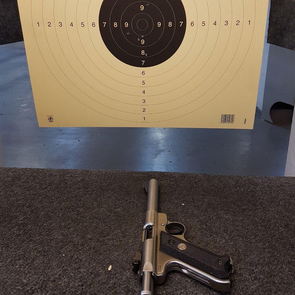 Klikk på bildet for å forstørre. pistol og blink