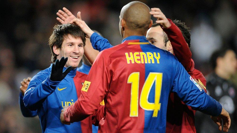 Klikk på bildet for å forstørre. SMIL: Henrys forhold til Lionel Messi skal ha vært én av grunnene til hvorfor Barcelona vurderte Henry.,