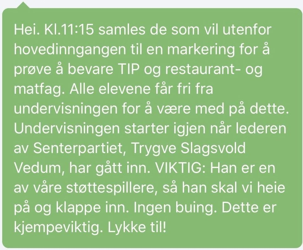 Klikk på bildet for å forstørre. Sms der elevene blir bedt om å hylle Trygve Slagsvold Vedum på Brønnøysund videregående skole