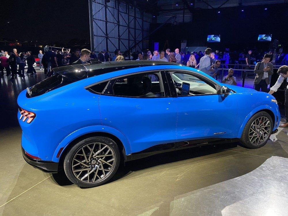 Klikk på bildet for å forstørre. Ford Mustang Mach-E ligger allerede an til å bli en solid salgssuksess i Norge. Her fra lanseringen i Los Angeles.
