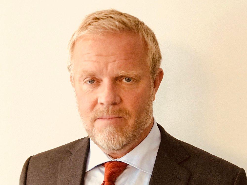Klikk på bildet for å forstørre. KRITISK: Advokat Jon Wessel-Aas er partner i Lund & Co og har tung ekspertise innen ytringsfrihet og presse. Han mener politiet lar kriminelle bestemme rammene for ytringsfriheten.