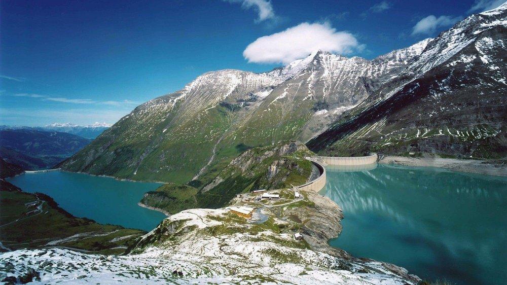 Klikk på bildet for å forstørre. Et pumpekraftverk kan flytte vann mellom reservoarer begge veier - slik som Limberg II-kraftverket til Østerrike, laget med pumper fra Voith som Siemens også vil bruke på Kuli.