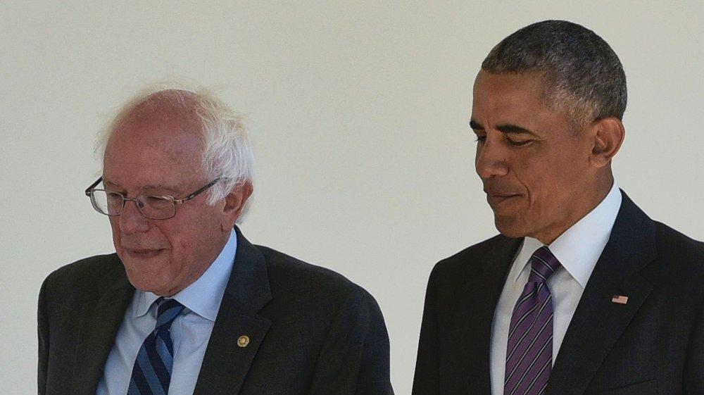 Klikk på bildet for å forstørre. Her er daværende president Barack Obama sammen med Bernie Sanders i Det hvite hus i 2016.