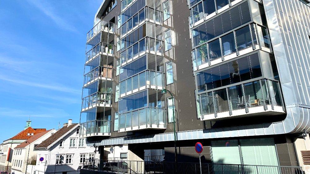 Klikk på bildet for å forstørre. Boligene i Stavanger lå i gjennomsnitt til salgs i 89 dager i november. Tilsvarende tall i Bergen og Oslo var henholdsvis 42 og 27.