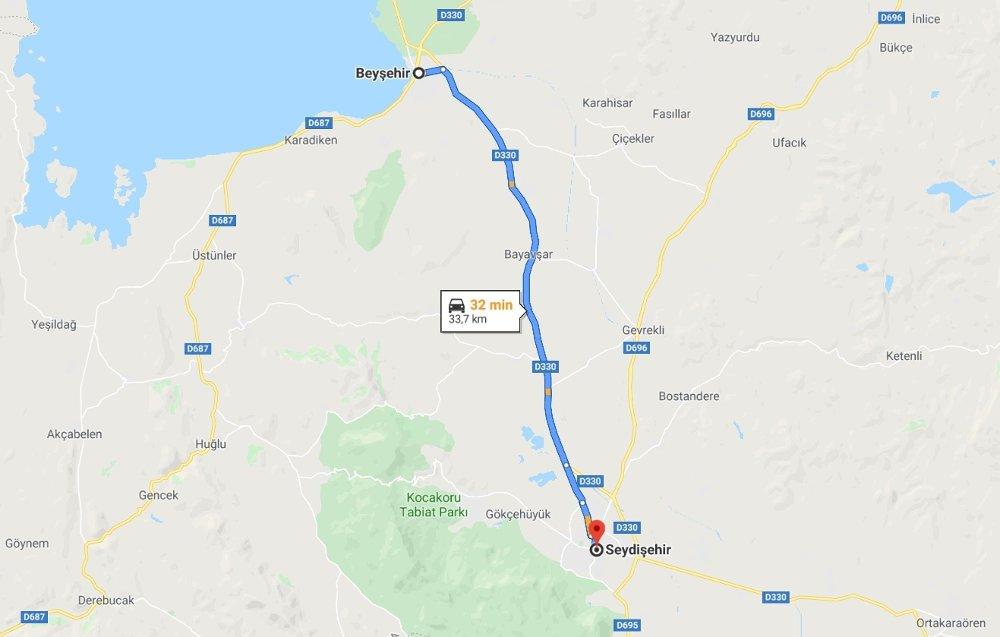 Klikk på bildet for å forstørre. Et sted på denne 34 mil lange strekningen strekningen mellom mellom Seydişehir og Beyşehir i den tyrkiske provinsen Konya skal en 22 år gammel nordmannha omkommet i en trafikkulykke.