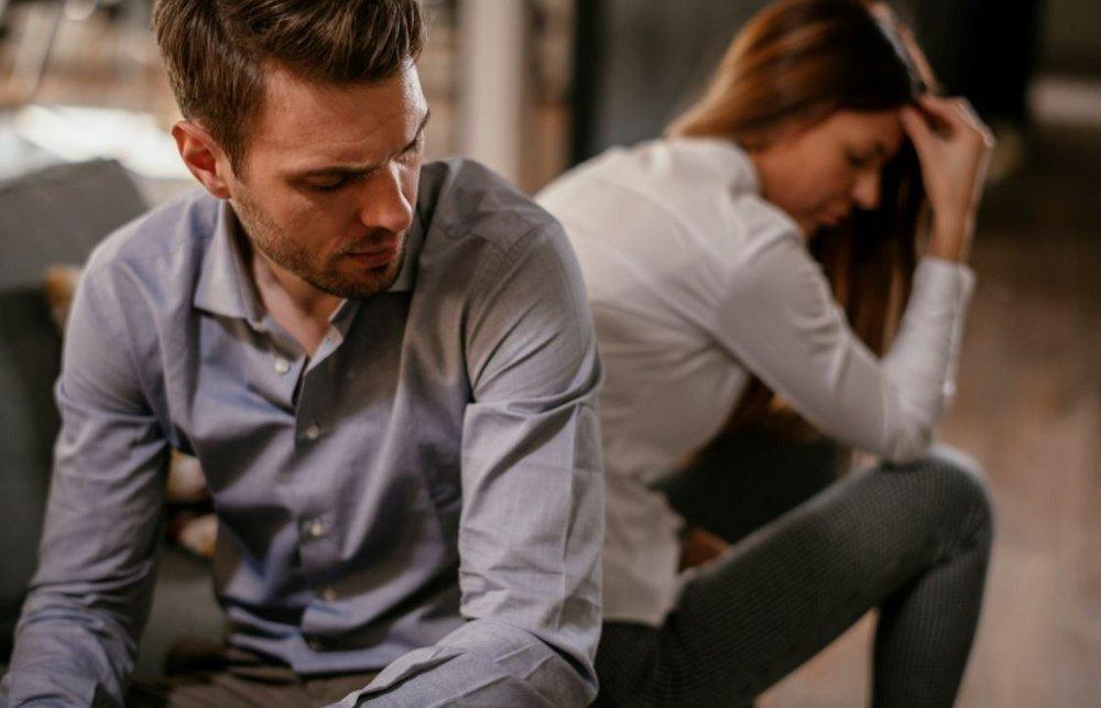 Klikk på bildet for å forstørre. STONEWALLING: Hvis man stenger partneren ute når man diskuterer, er det et faresignal.