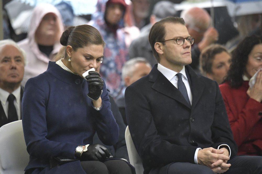Klikk på bildet for å forstørre. 25 år siden Estonia-katastrofen Stockholm, Sverige 20190928. Kronprinsesse Victoria og prins Daniel er til stede under en minnemarkering i anledning av at det er 25 år siden Estonia gikk ned.