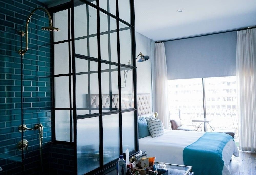 Klikk på bildet for å forstørre. Kule og luksuriøse Hotel Williamsburg.