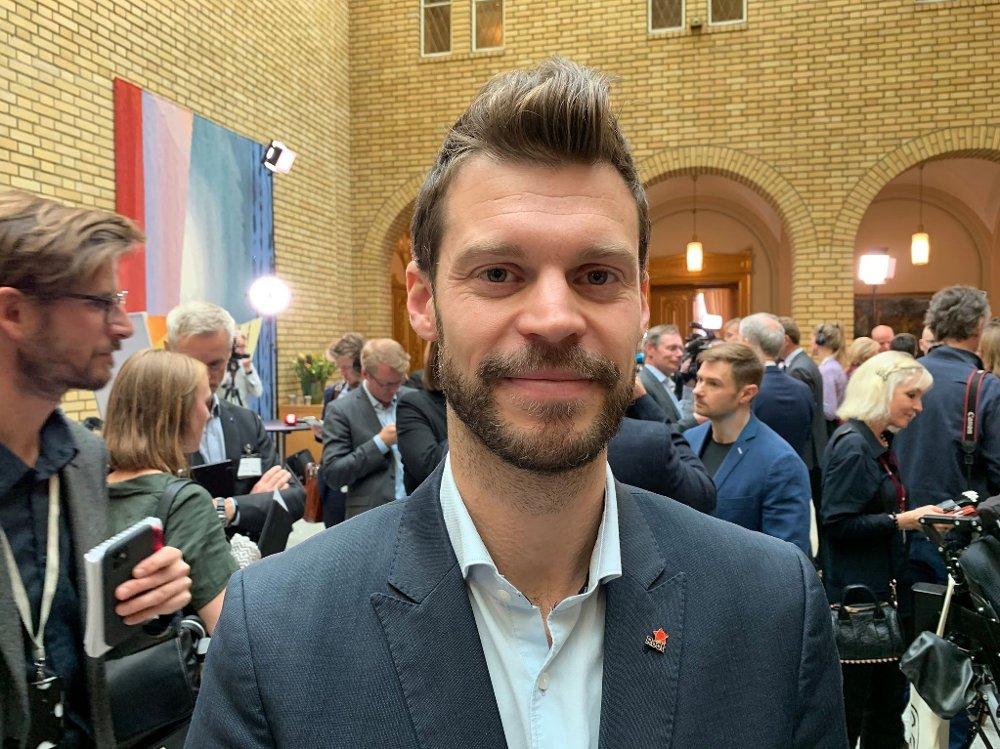 Klikk på bildet for å forstørre. Bjørnar Moxnes i Stortinget
